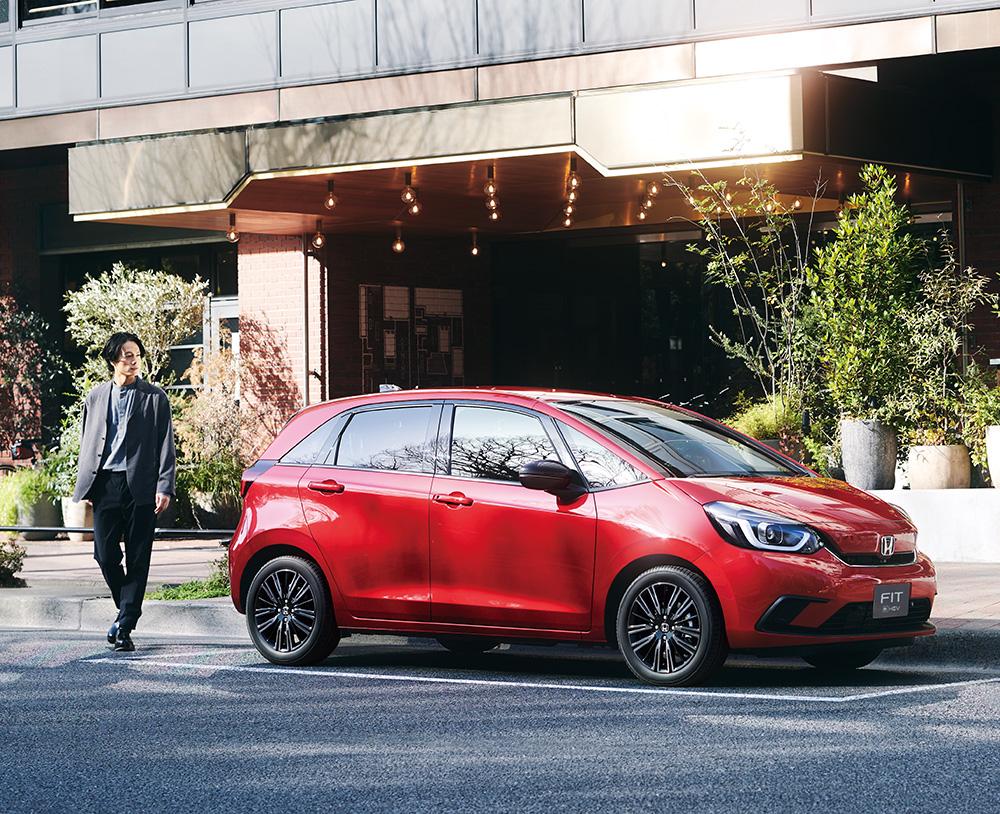 「FIT」を一部改良し発売〜加えて、20周年特別仕様車「Casa」と「Maison」を発売〜